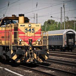 Marine und Schienenfahrzeuge